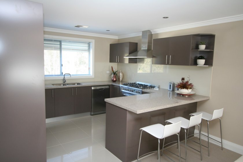 Distinguished interiors kitchens for Display home kitchens